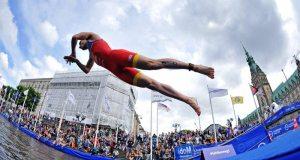 ITU Mixed Relay in Hamburg - Credit- International Triathlon Union ITU Janos Schmidt