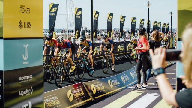 Super League Triathlon Jersey - bike - photo Studio M