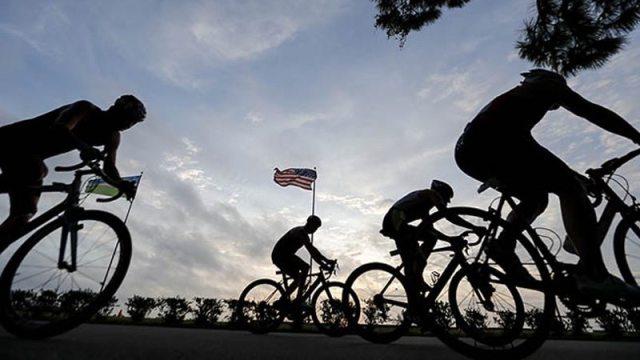 Bike riders - USA Triathlon - Photo by Wagner Araujo