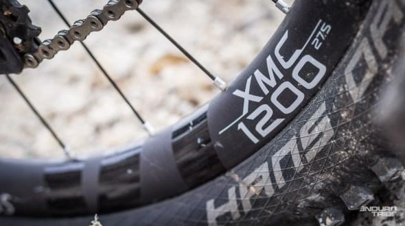 Tout comme les DT Swiss XMC 1200 que l'on a aperçu... Sur le vélo de Nino Schurter, vainqueur des JO de Rio.
