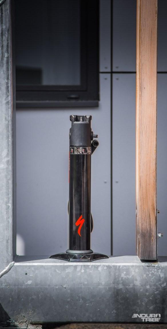 Un réservoir d'air susceptible d'accepter 800 bars de pression en laboratoire d'essai...
