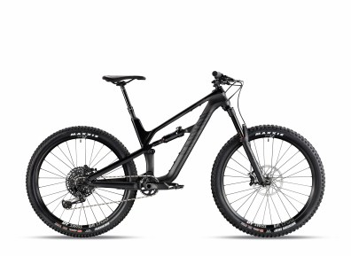 Canyon Spectral CF 8.0 - 2999€ - 13,3kg - RockShox Pike RC & Deluxe RT, SRAM GX Eagle, Sram Guide R, DT Swiss M1700 Spline.