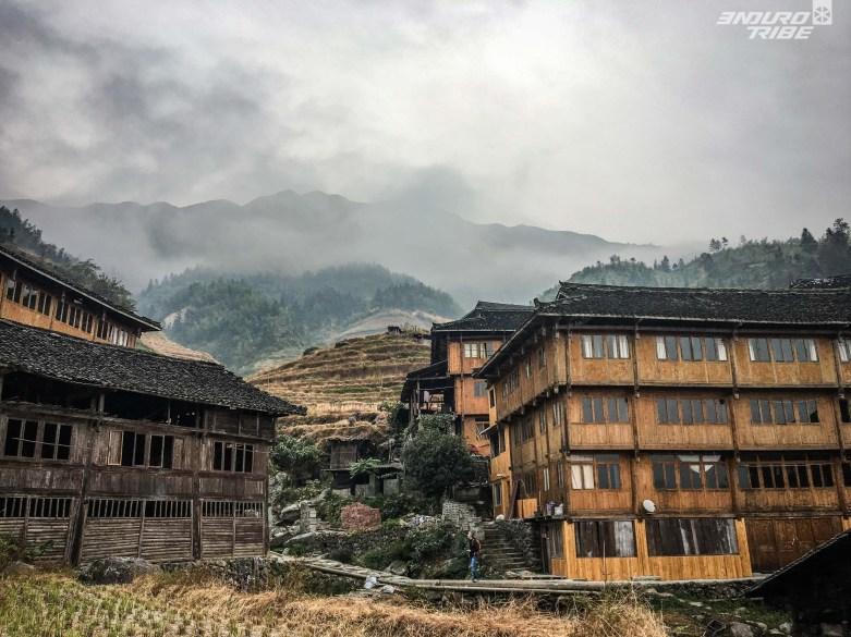 Les villages des minorités Yao sont perchés dans des vallées difficilement atteignables.