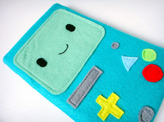 Nerdige iPad Sleeves aus Filz – Adventure Time BMO