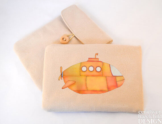 Tablet Sleeves mit Illustration – Yellow Submarine