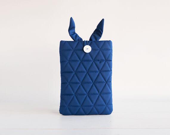 Multifunktionale Tablet-Hülle – blau
