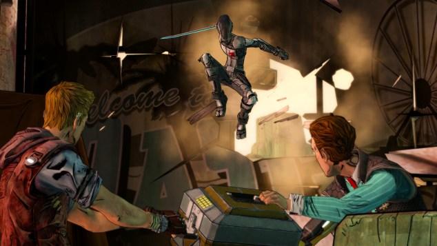 Não faltam cenas de acção, mas as personagens nunca se transformam, de repente, com acontece em tantos outros video jogos, num Rambo virtual. Desenrascam-se como podem, habitualmente, mal.