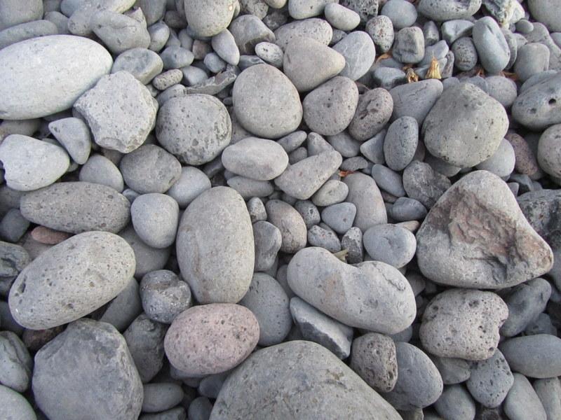 Stenar på en strand