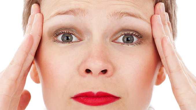Migréna vás trápí? Na vině může být stres.