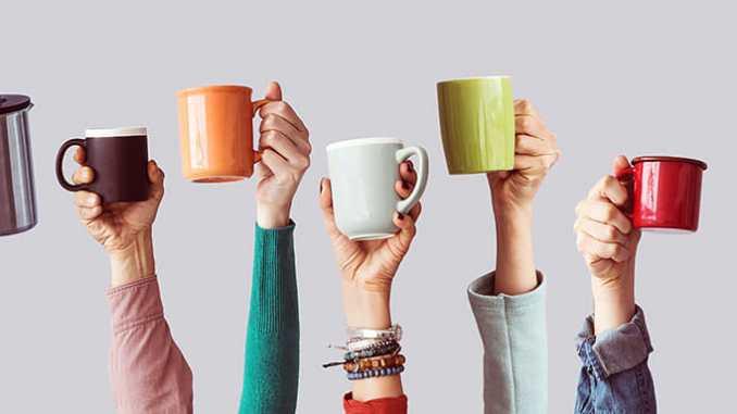 Práh bolesti může zvyšovat konzumace kofeinu.