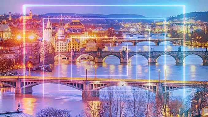 Praha je možná portálem do jiné dimenze.