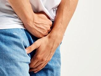 Zbytnělá prostata je zaviněná plísněmi ze špatné stravy.