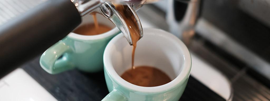Účinky kávy na zdraví jsou nezpochybnitelné.