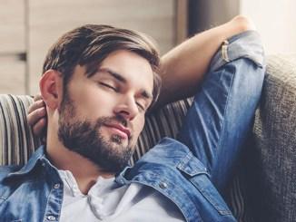 Polyfázový spánek. Jak se k němu staví odborníci?