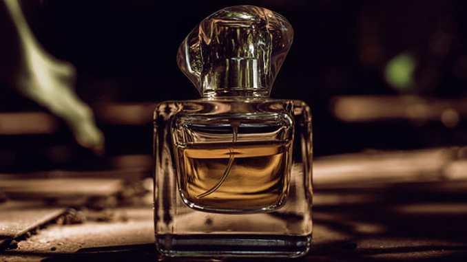 Parfémy bez chemie nepoškozují zdraví.