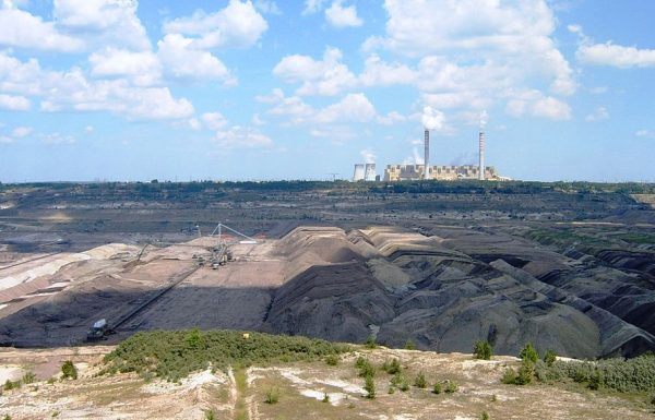 Top investors demand tougher climate policies