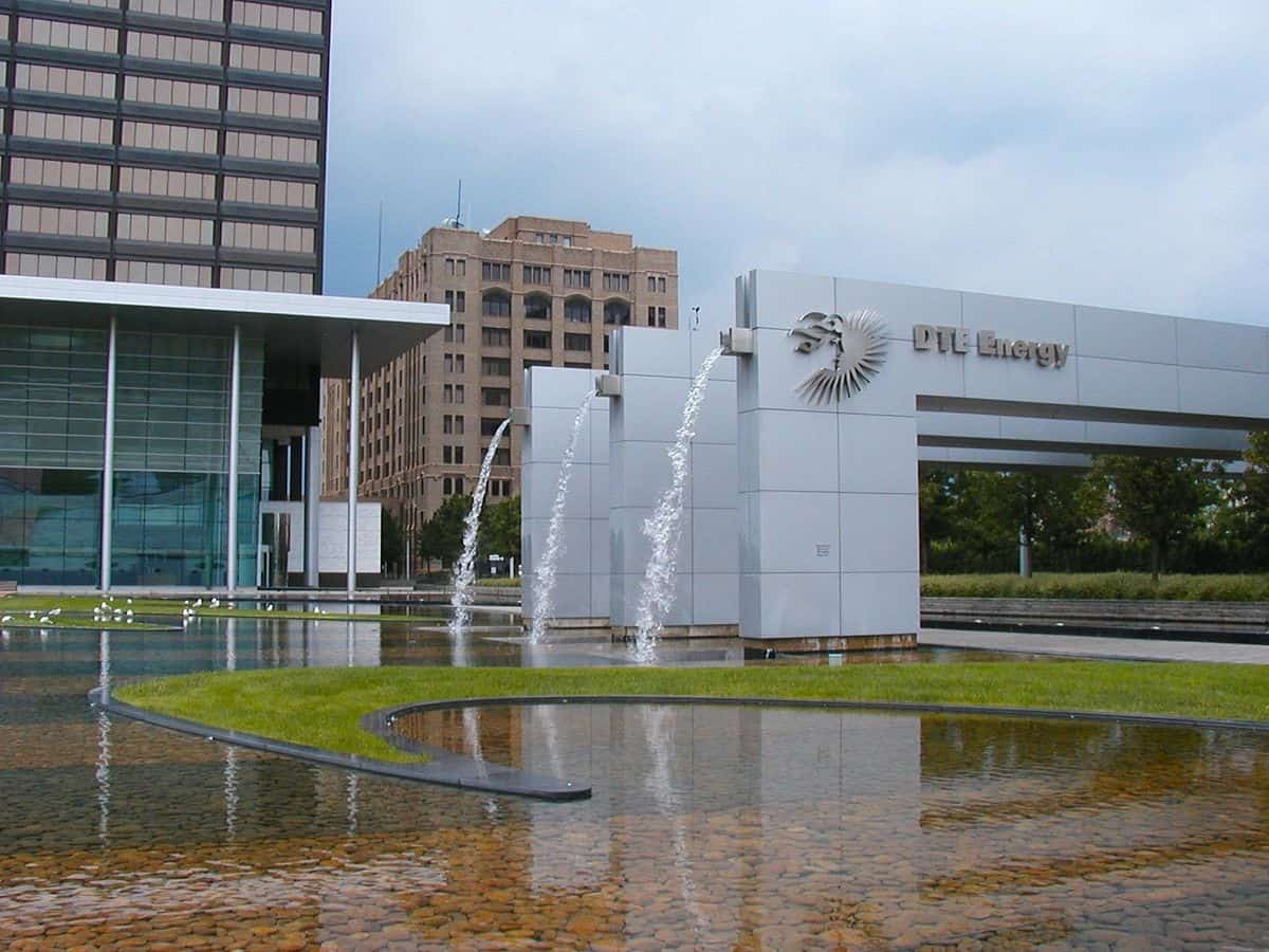 DTE Energy set a net-zero carbon goal but continues to invest in gas