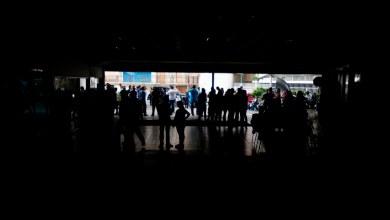 Photo of Cientos de horas sin luz profundizan la agonía de industrias en Venezuela