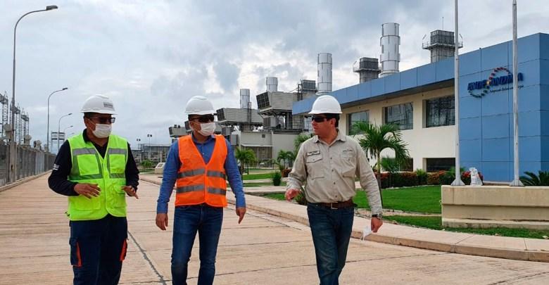Photo of Autoridades inspeccionan la termoeléctrica de Warnes