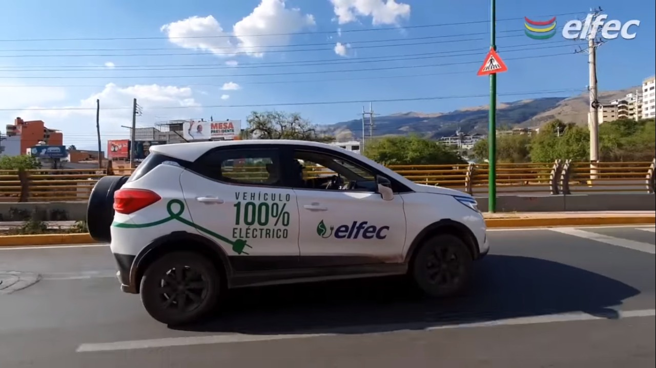 Photo of Vehículos eléctricos en carrera