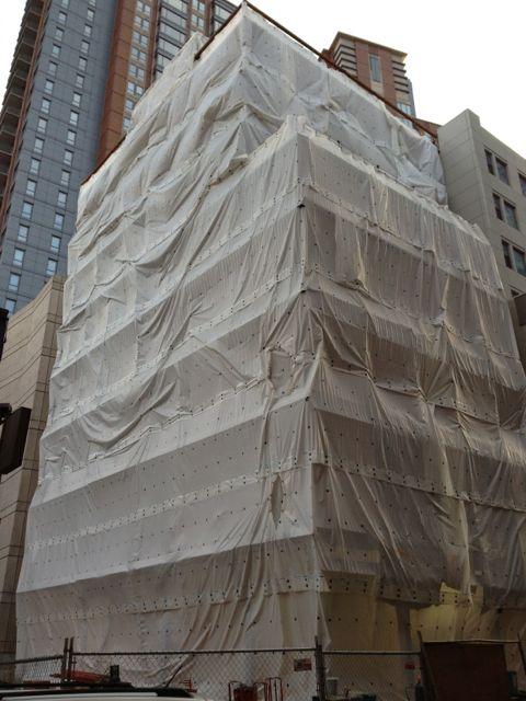 Stack-effect-in-plastic-boston-nesea-building-energy.jpg