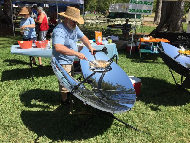 Solar-cooker-cooking-festival-2015-sacramento