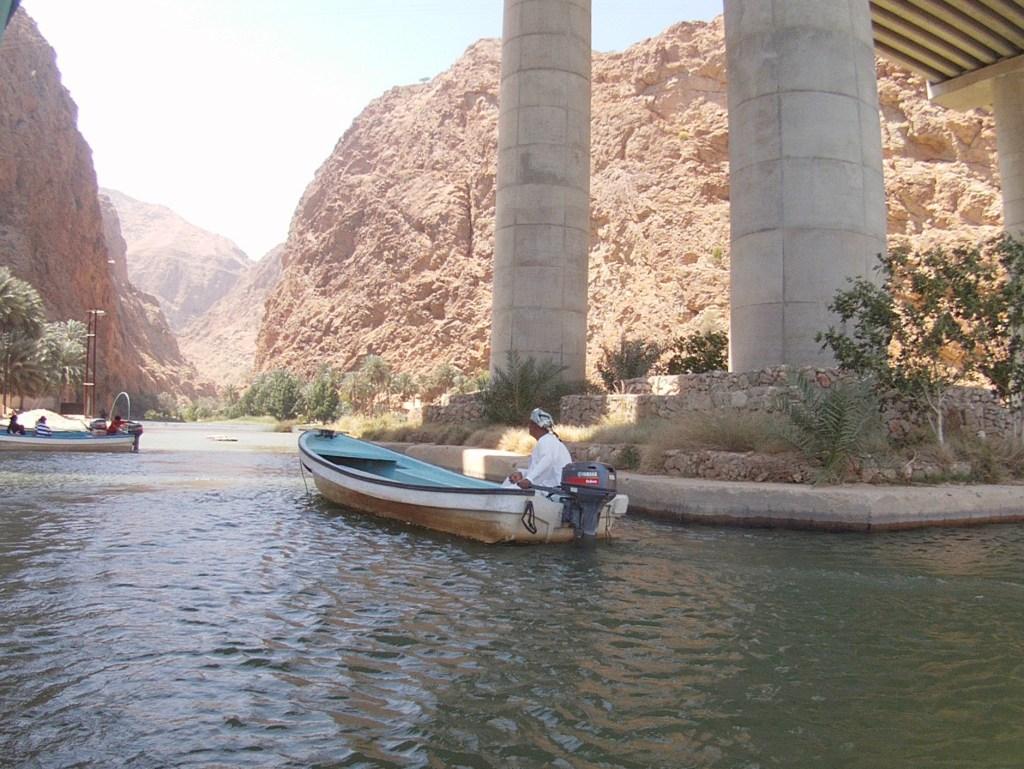 Sejle ved Wadi Shab i Oman