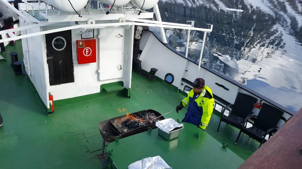 Sejltur_Svalbard_Grill