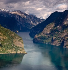 croisière-famille-Fjord-Naerofjord-Norvège