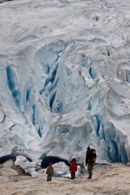 rando et découverte-des-glaciers-en-famille-en-norvège