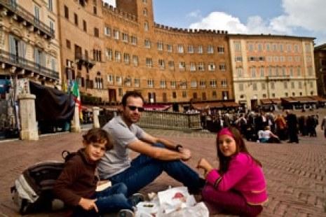 sienne enfant italie place