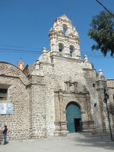 voyage-famille-bolivie-conseil-enfant-bébé-église