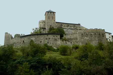 Suisse-voyage-enfant-famille-sion-visite-château