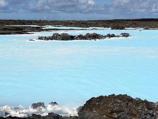 bain source chaude blue lagoon