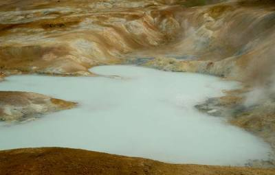 volcan-islandais-eau bleue