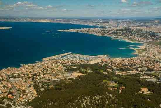 vue-sur-Marseille-de-Marseilleveyre