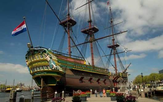 musée-marine-amsterdam-avec des enfants bateau
