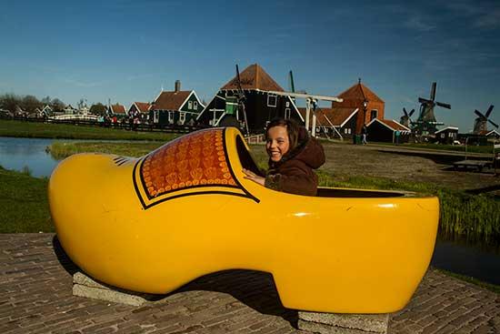 Zaanse-Schans-enfant-hollande