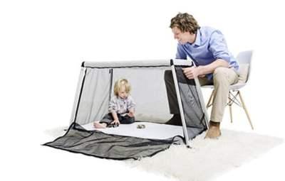 lit-de-voyage-avec-bébé-Phil&Teds