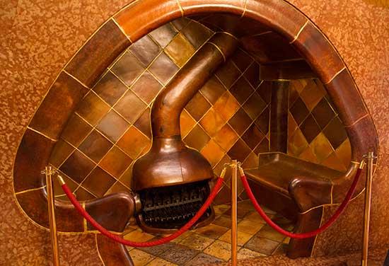 cheminée-casa-batllo-barcelone