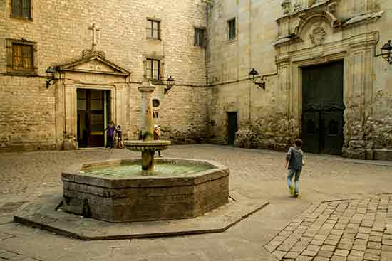 fontaine-barcelone-enfants