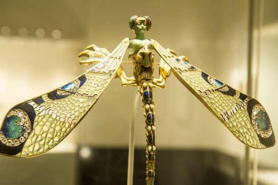 musée-calouste-lisbonne-libellule-lalique