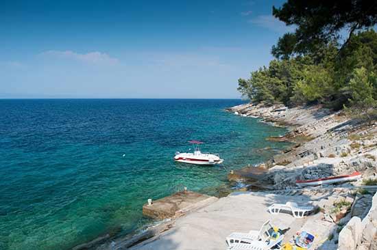 plage-et-bateau-croatie