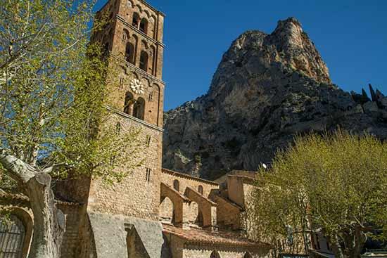 église-Moustiers-Sainte-Marie