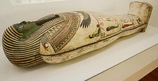 Musée-de-grenoble-sarcophage