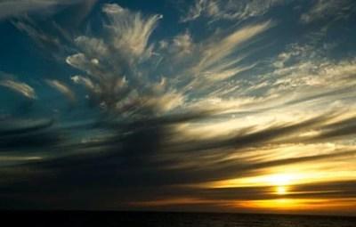 Soleil-de-minuit-Lofoten