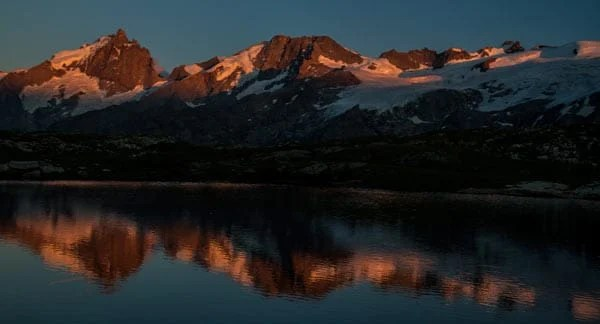massif-Ecrins-depuis-plateau-emparis-oisans-alpes