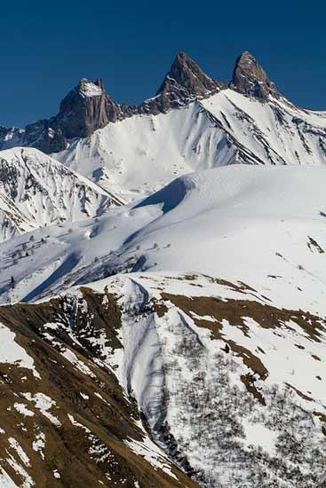 aiguilles-arves-en-hiver-savoie-alpes