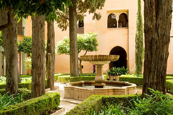 jardin-Alhambra-Grenade-Andalousie-Espagne