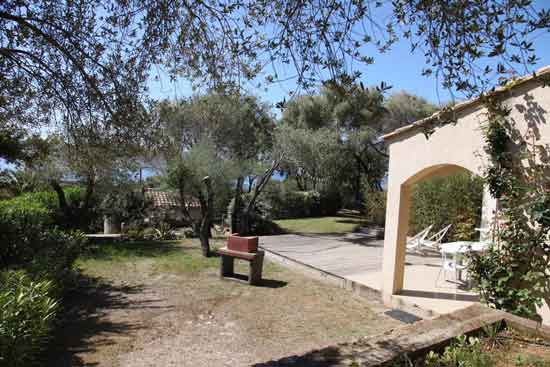 residence-famille-corse